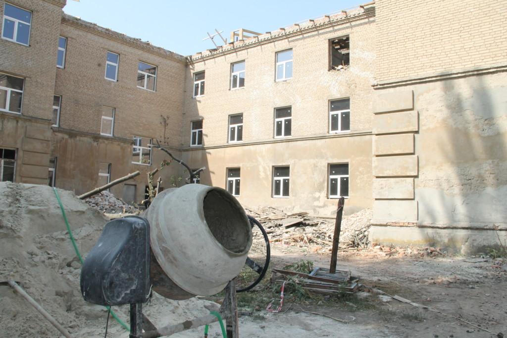 В общежитии иняза сейчас активно ведутся ремонтные работы